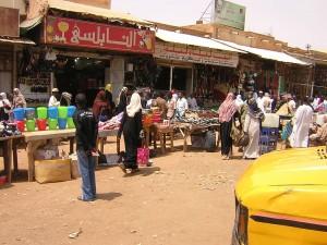 1024px-Bazaro_en_Omdurman_002
