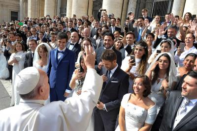 Learning the Gaze of Christ: Three Reflections on Amoris Laetitia